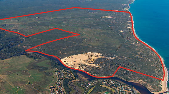 Plunketts to sell out of Moore River project