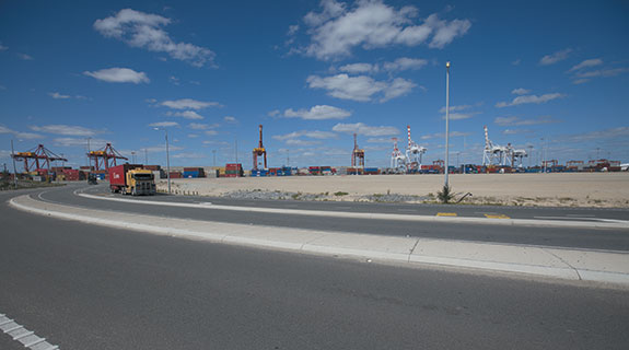 Logistics players load up at Freo