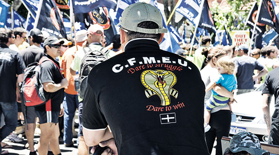 Unions and mergers should not go together