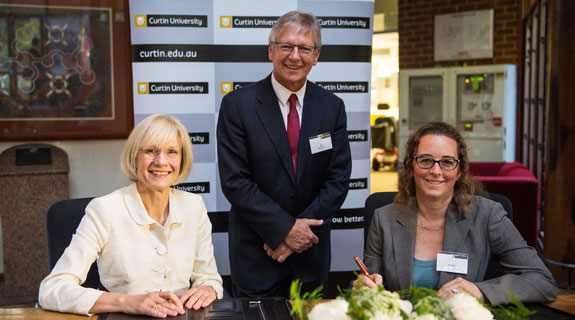 Curtin Uni joins global course network