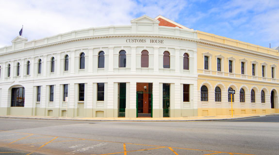 Freo's Customs House sold to Anton Capital