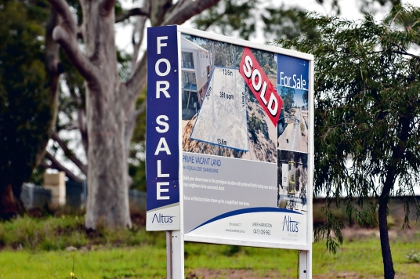 Home owners holding on to property for longer