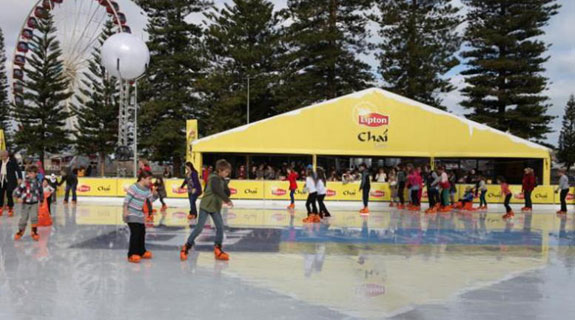 Ice rink to return to Freo's Esplanade