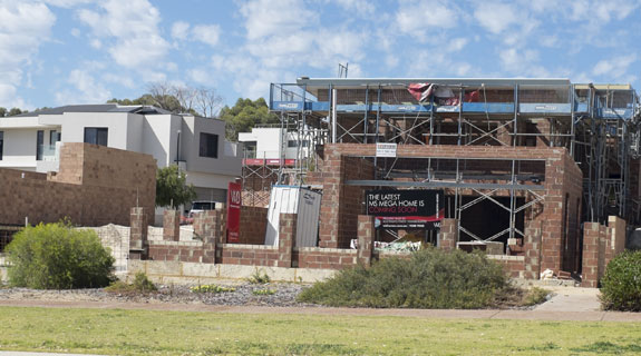 Loans show cooling in new housing