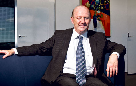 Day pays tribute to departing arts director general