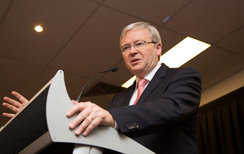 Rudd pitches to unions in Perth visit