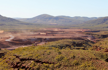 Fortescue inks $US1.5bn mining contract