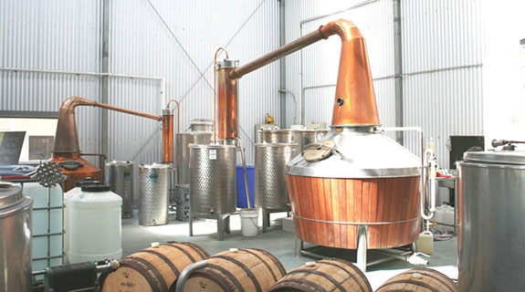 Limeburners dominates distillers awards
