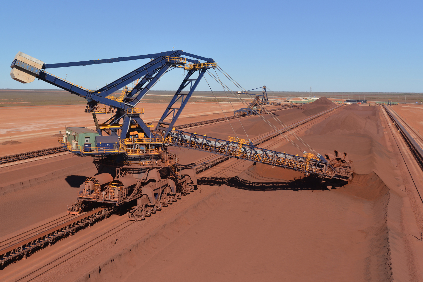 Miners BHP Billiton and Anglo American advance new projects