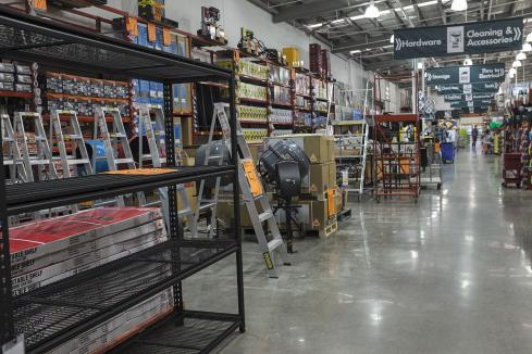 Bunnings to close Morley, Mandurah outlets