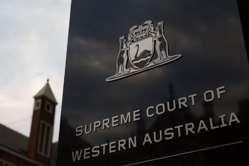Wright recruits top lawyer