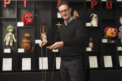 Funds shortage keeps  puppeteers on a string