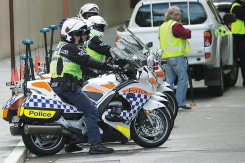 Premier can't bow to police on pay row