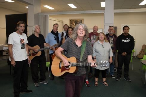 Choirs call for support
