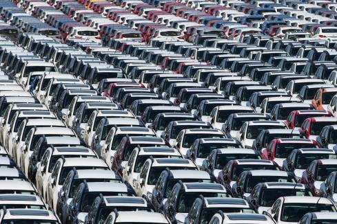 Passenger car sales stuck in reverse