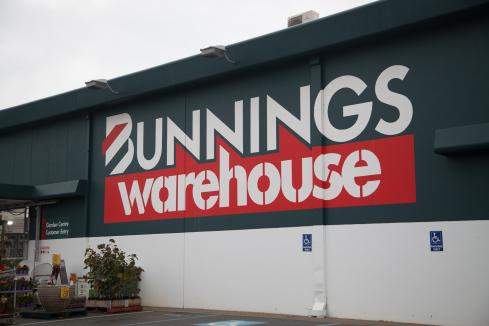 Bunnings' super error 'wage theft': Labor