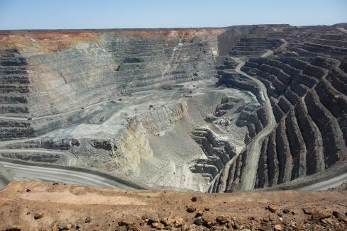 Investors back Northern Star's Super Pit buy