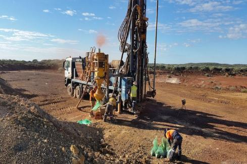 Middle Island kicks off drilling blitz at Sandstone