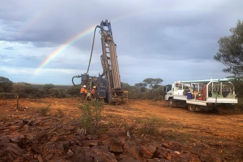 Middle Island ups the ante at Sandstone after drilling success
