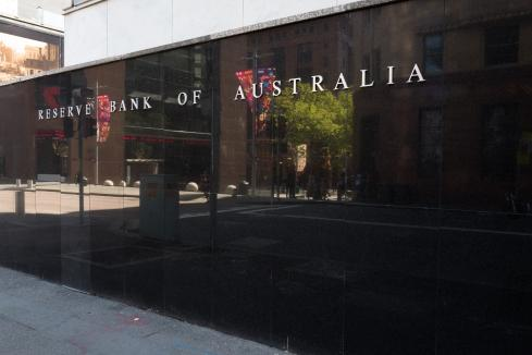 RBA holds rate, economic outlook uncertain