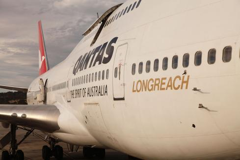 Doubts over Qantas flight plan
