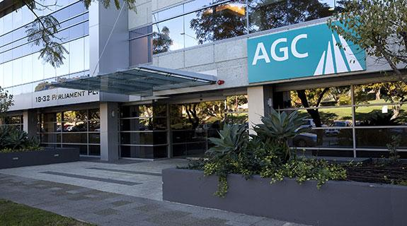 AusGroup MD resigns on big loss
