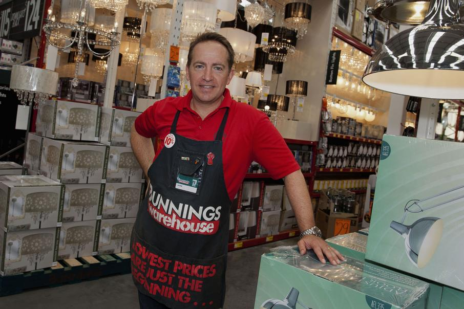 Bunnings boss steps down