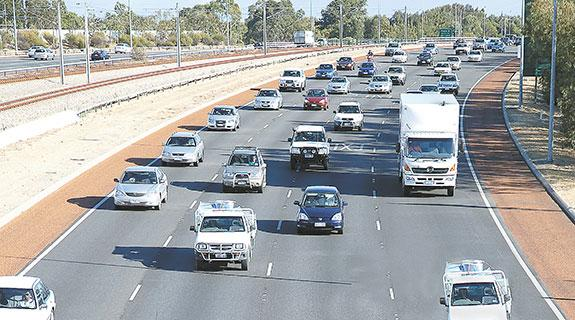 New merging lines for Perth freeways