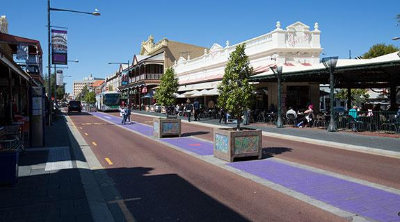 Freo council cracks down on louts, scammers