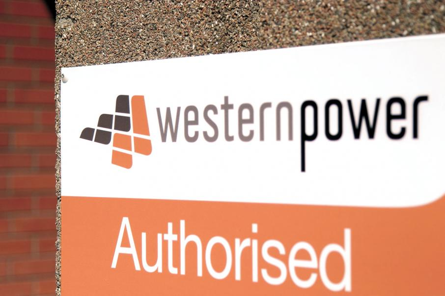 Power outages hit 35,000 across WA