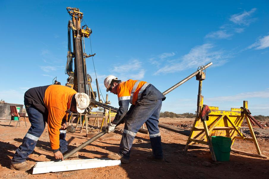 Contracts awarded for Gold Road project