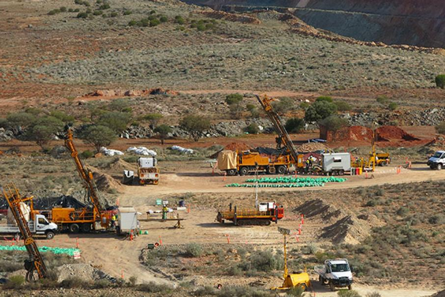 Dacian hires APA, Zenith for Mt Morgans