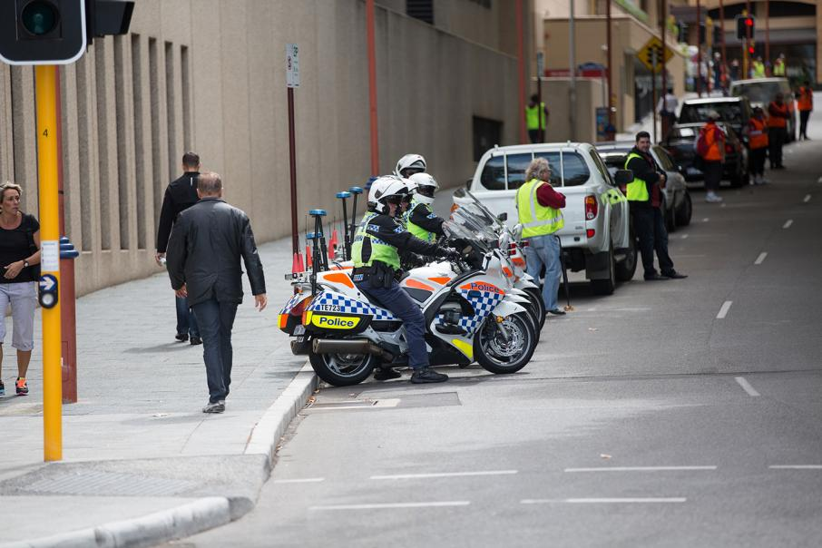 WA cops ordered to stop pay fight action