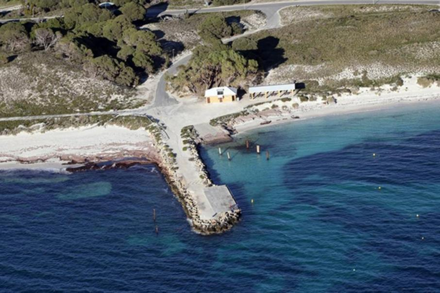 Three hurt in WA island jetty collapse