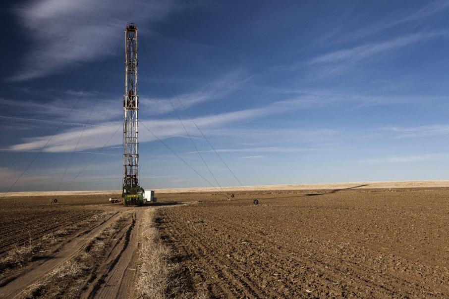 L'Estrange moves forward on fracking
