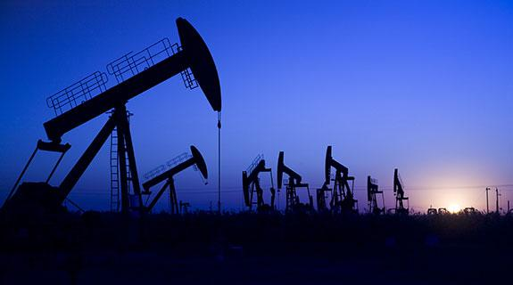 Oil dips below $US30, US dollar gains